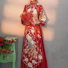 敬酒服怎么选 中式婚礼敬酒服可以穿灰色礼服吗