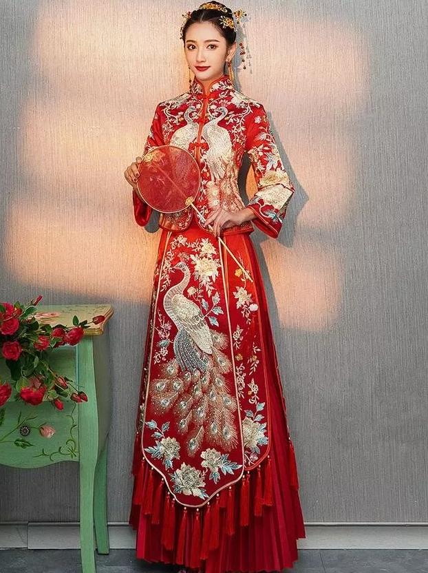 /中式敬酒服