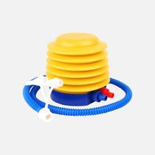 脚踩气球打气筒