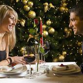 第一次约会见面的聊天话题有哪些?