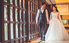 新人结婚都需要什么样式的礼服?