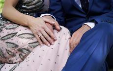 已婚女戒指戴哪个手指 结婚后戴戒指有什么讲究