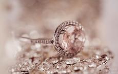 关于珠宝的唯美句子