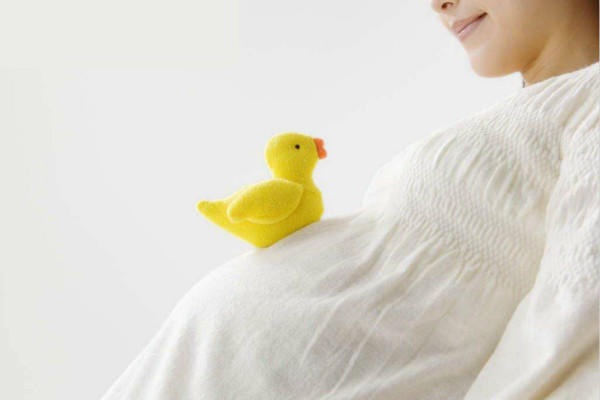 怀孕的女人
