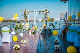 湖景甲板婚礼