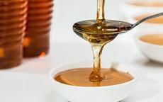 蜂蜜加什么做面膜最好