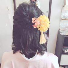 和服婚纱照适合什么样的发型
