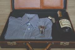 长袖衬衫怎么叠 学会这几招让你的衬衫不再皱巴巴