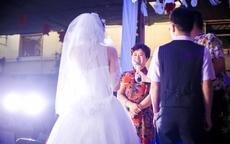 母亲简单婚礼讲话感动全场