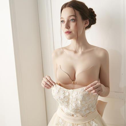 【1件包邮】无痕防滑隐形内衣天使之翼婚纱内搭前扣聚拢