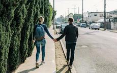 情侣第一次旅游去哪里比较合适