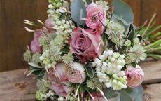 接新娘捧花说什么祝福语