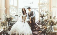婚纱照衣服怎么选择