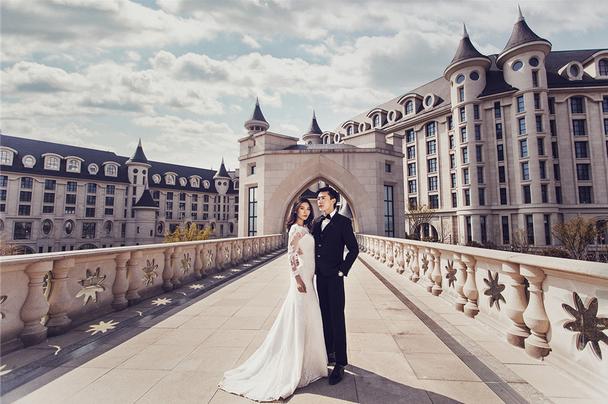 国外旅拍婚纱照