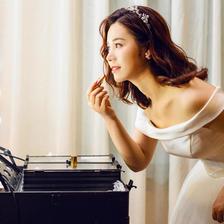 新娘跟妆一般多少钱2020