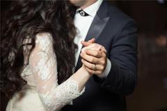 国庆结婚致辞 1篇帮你搞定结婚所有的发言稿