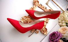结婚穿超高跟鞋细跟的婚鞋好吗 最适合结婚的婚鞋款式