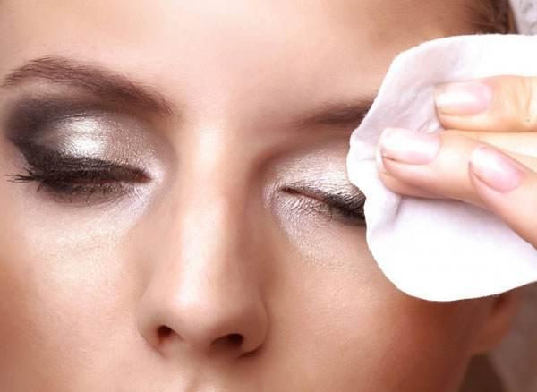 卸妆的正确步骤与方法