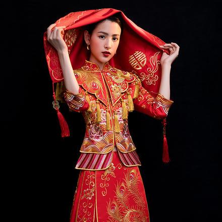 中式五喜来贺红色绣花盖头