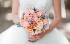 结婚手捧花用什么花 新娘手捧花一般多少朵