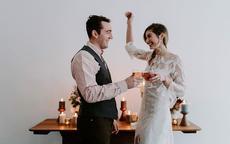 结婚纪念日怎么过才有意义 除了送礼物你能不能玩点新鲜的