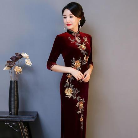 金丝绒亮片钉珠琵琶襟单层七分袖旗袍裙