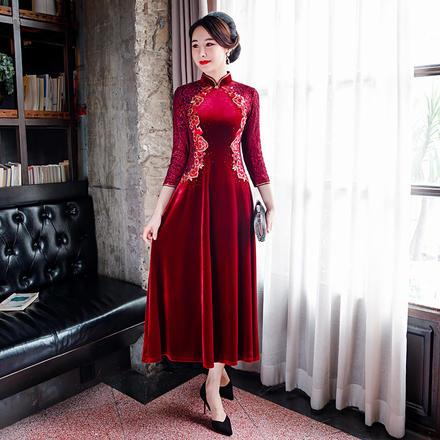 金丝绒红色刺绣改良宽松裙摆长款妈妈装