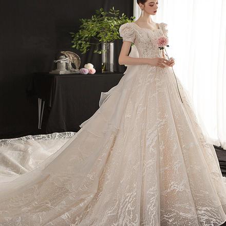 《胧月佳人》法式复古奢华孕妇遮肚短袖婚纱