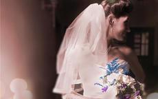结婚证照片能戴头纱吗
