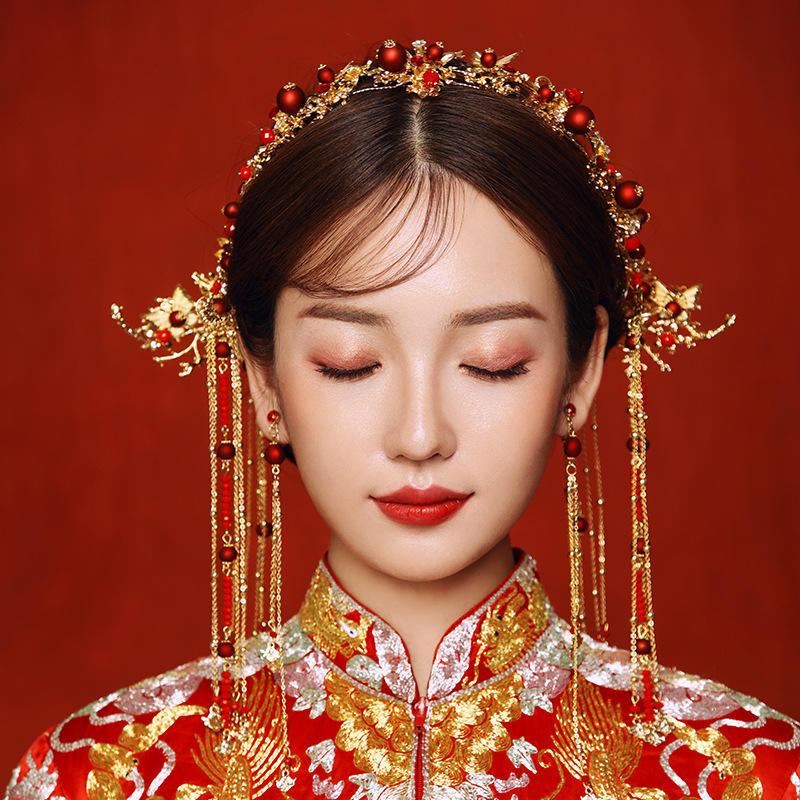 《佳偶天成》中式新娘秀禾服头饰套装