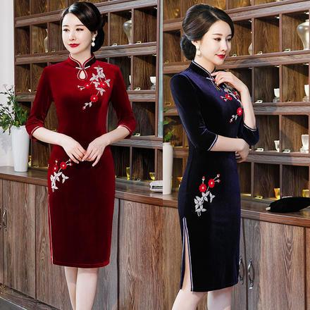 秋季时尚修身显瘦立领丝绒绣花旗袍裙