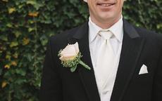 男士结婚穿什么颜色西装好看