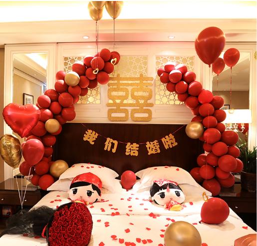 婚房红色气球搭配