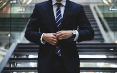 领带颜色有什么讲究 新郎领带什么颜色合适