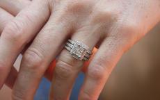 单身怎么戴戒指?