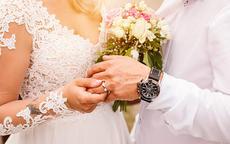 结婚女人戒指戴哪个手