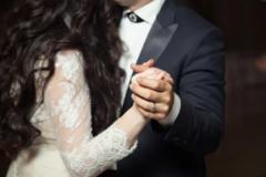穿黑婚纱结婚好吗