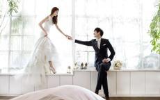 新郎头发少拍婚纱照怎么拍好看