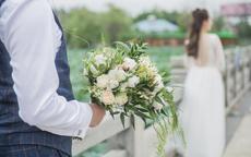 求婚怎么下跪最容易成功