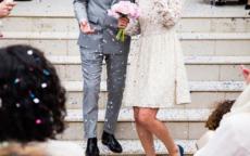婚礼迎宾海报怎么做