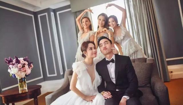 阿娇婚礼和伴娘团合照