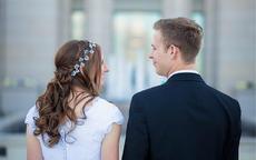 婚纱照最快几天能出来?后期选片技巧