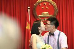结婚证补办要什么手续要多久