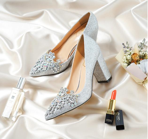 韩式亮片粗跟婚鞋款式