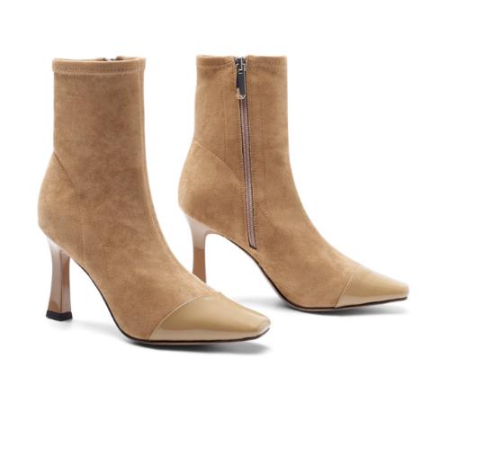 冬季结婚适合的驼色短靴