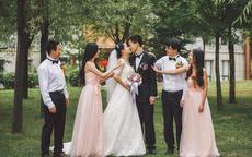 亲弟结婚怎么发朋友圈