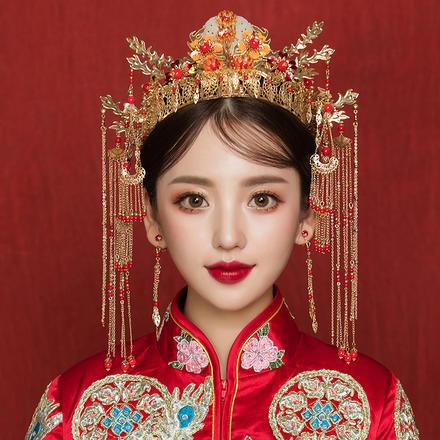 《鸾凤和鸣》中式新娘秀禾服头饰