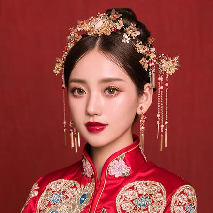《蝶舞蹁跹》新款中式新娘套装头饰