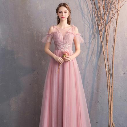 【2月1日陆续发货】《紫霞之光》长款豆沙粉显瘦闺蜜伴娘服