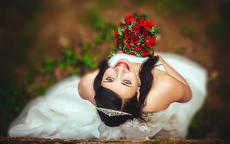 闺蜜订婚祝福语特别的 温馨搞笑闺蜜订婚祝福